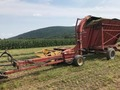 1998 New Holland 900 Pull-Type Forage Harvester