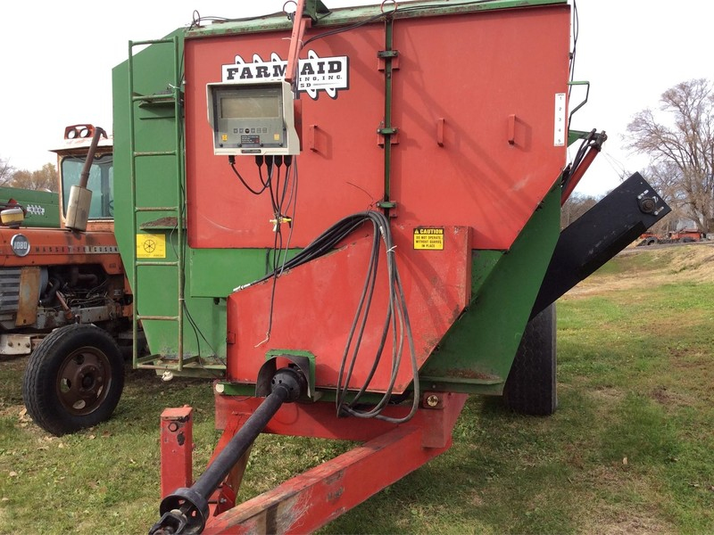 2007 Farm Aid 550 Feed Wagon