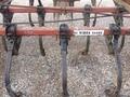 International 45 VIBRA SHANK Field Cultivator