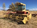 1990 New Holland 1118 Self-Propelled Windrowers and Swather