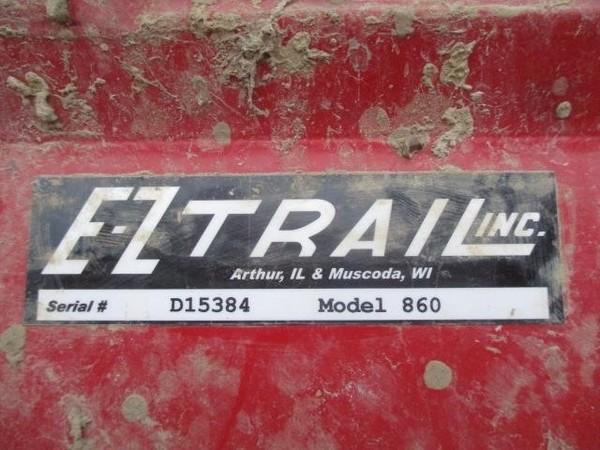 2015 E-Z Trail 860 Grain Cart