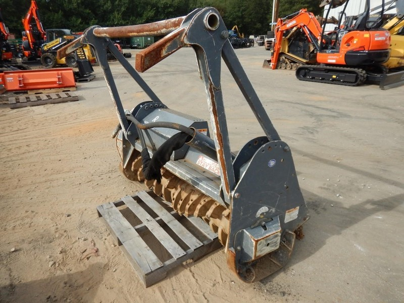 2015 Loftness G3 Loader and Skid Steer Attachment