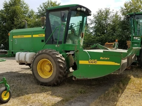2006 John Deere 4995 Self-Propelled Windrowers and Swather