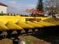 New Holland 98C Corn Head