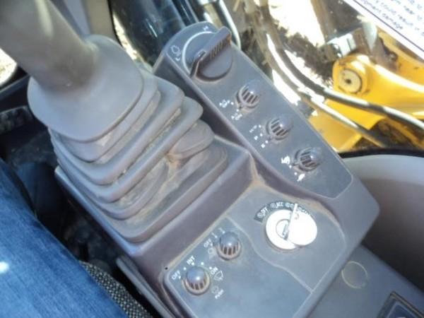 2012 Deere 200D LC Backhoe