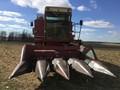 International Harvester 843 Corn Head
