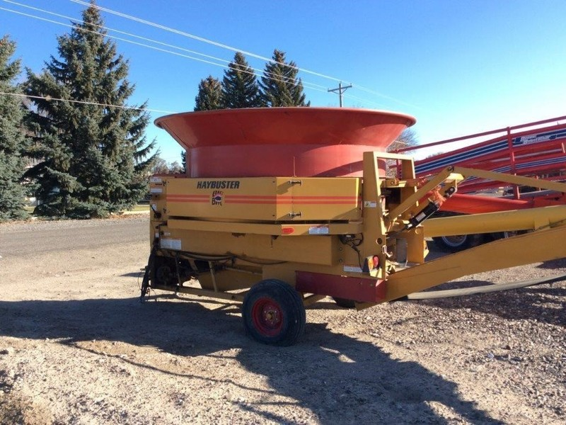 2014 Haybuster H1000 Grinders and Mixer