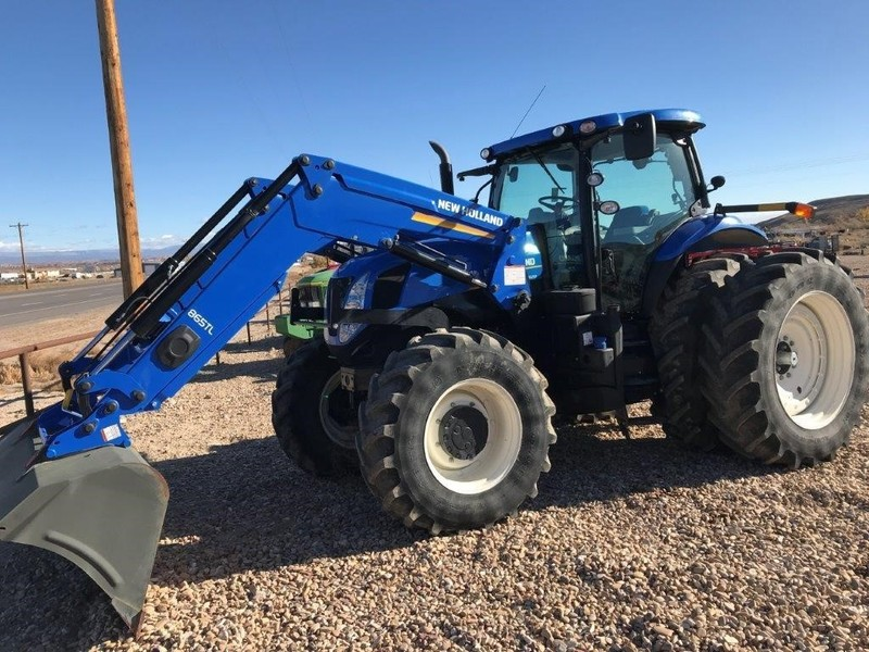 2014 New Holland T7.220 Tractor