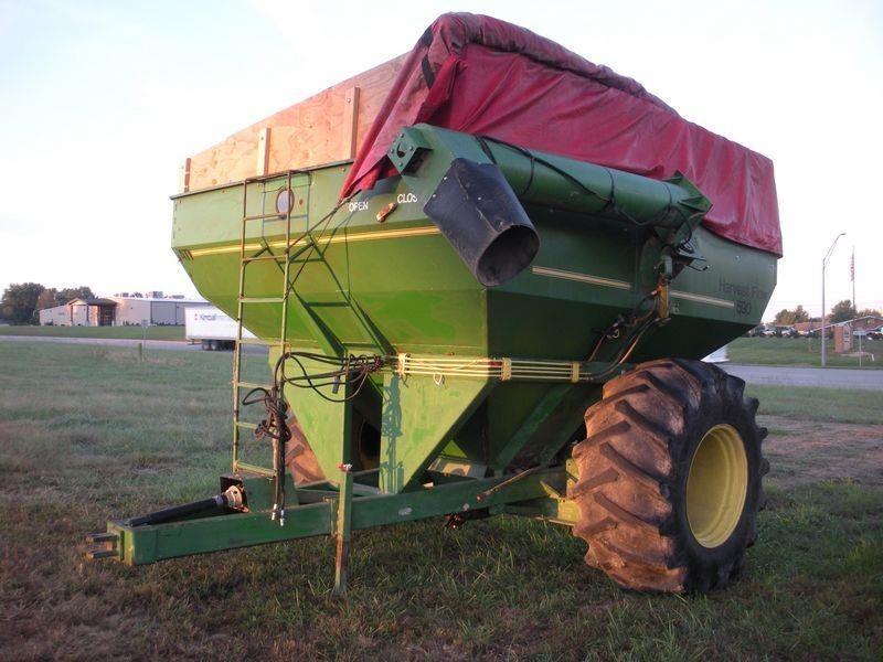 ATI 590 Grain Cart