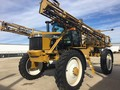 2005 Ag-Chem RoGator 1074 Self-Propelled Sprayer