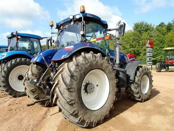 2014 New Holland T7.270 Tractor