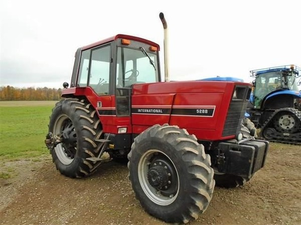 1983 International Harvester 5288 Tractor
