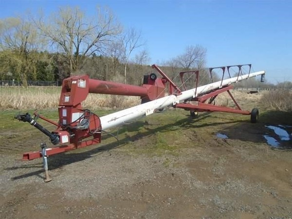 Feterl 13x82 Augers and Conveyor