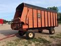 1998 Meyer 4618 Forage Wagon