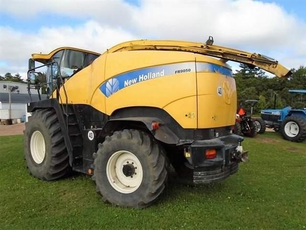 2008 New Holland FR9050 Self-Propelled Forage Harvester