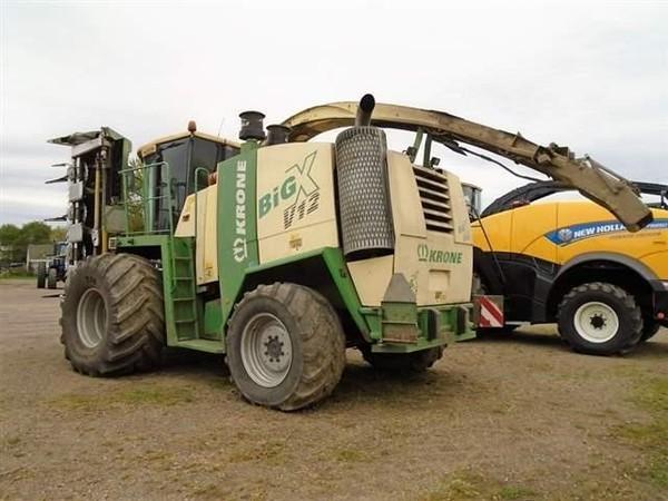 2005 Krone BIG X V12 Self-Propelled Forage Harvester