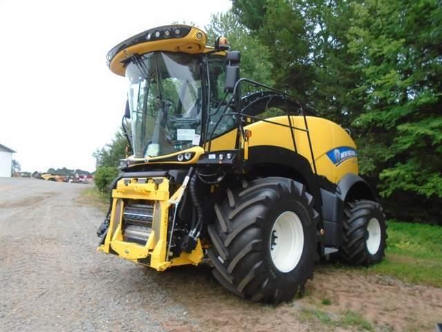 2019 New Holland FR550 Self-Propelled Forage Harvester