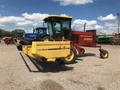 1998 New Holland 2550 Self-Propelled Windrowers and Swather