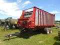 2015 H & S SD7422 Forage Wagon