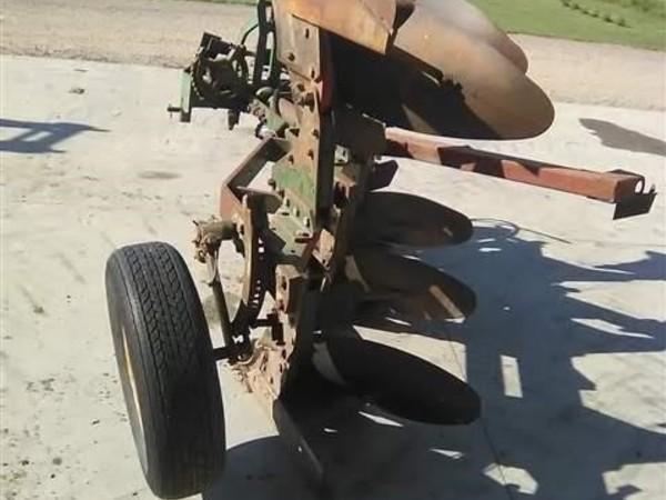 Oliver 6342 Plow