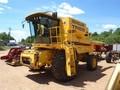2001 New Holland TR89 Combine