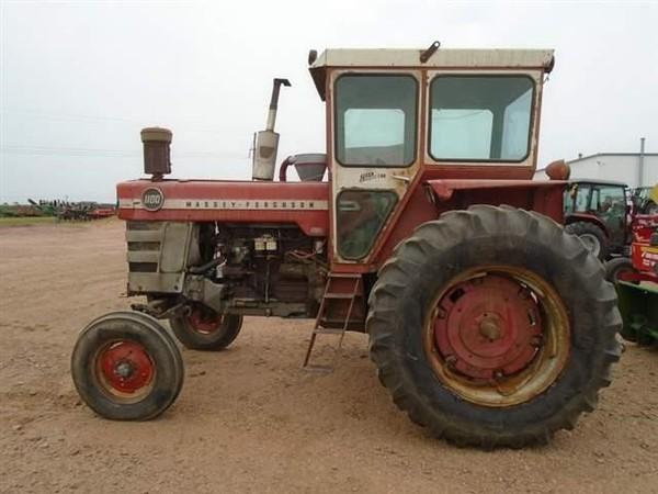 1968 Massey Ferguson 1100 Tractor