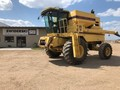 1995 New Holland TR87 Combine