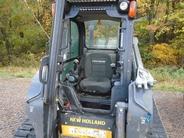 2015 New Holland C238 Skid Steer