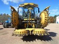 New Holland 450FI Self-Propelled Forage Harvester