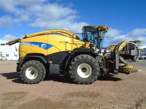 2013 New Holland FR9060 Self-Propelled Forage Harvester