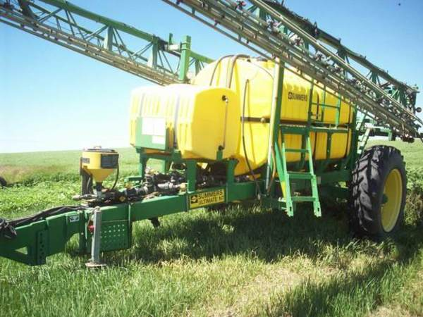 2008 Summers Manufacturing Ultimate Pull-Type Sprayer