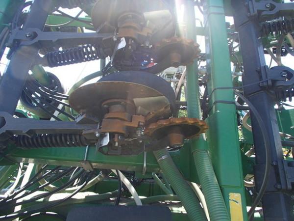 2016 John Deere 1895 Air Seeder