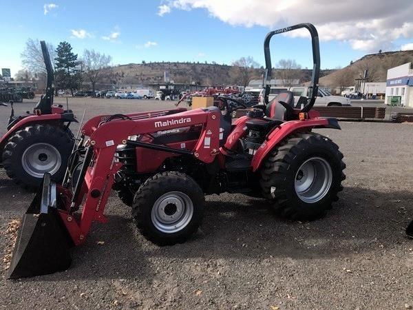 2018 Mahindra 2638 HST Tractor