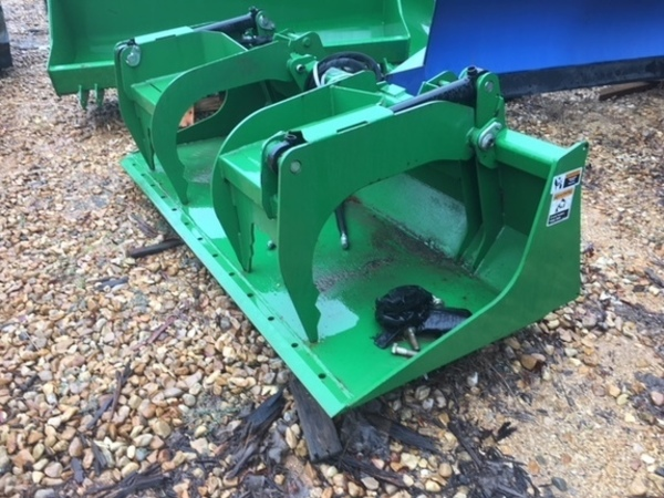 2008 Frontier AD12D Loader and Skid Steer Attachment