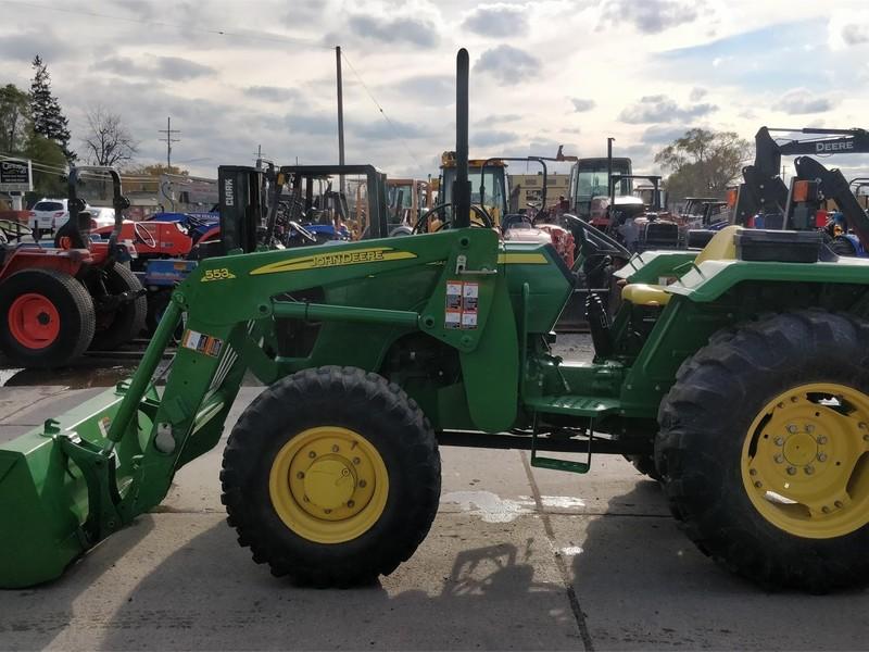 2012 John Deere 5055E Tractor
