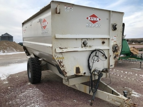 2011 Kuhn Knight RC150 Grinders and Mixer