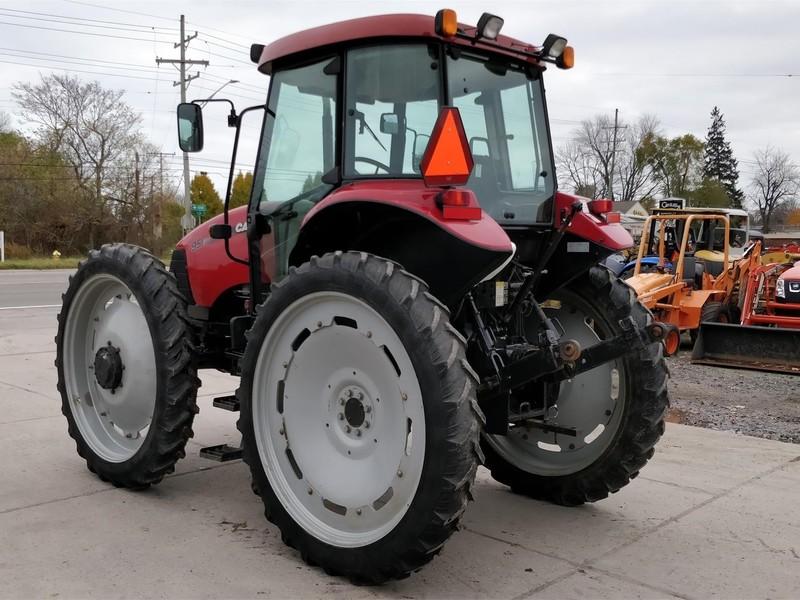 Case IH Farmall 95 Tractor