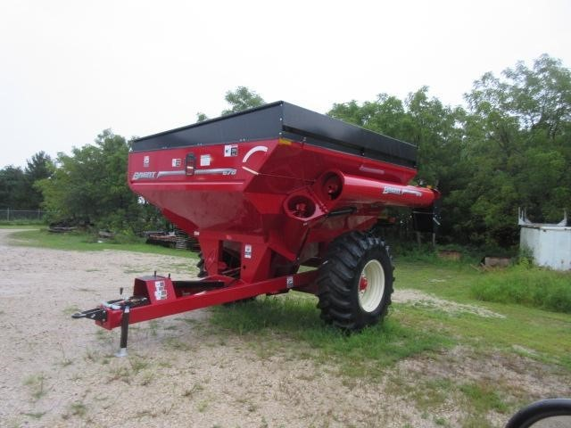 2019 Brent 678 Grain Cart
