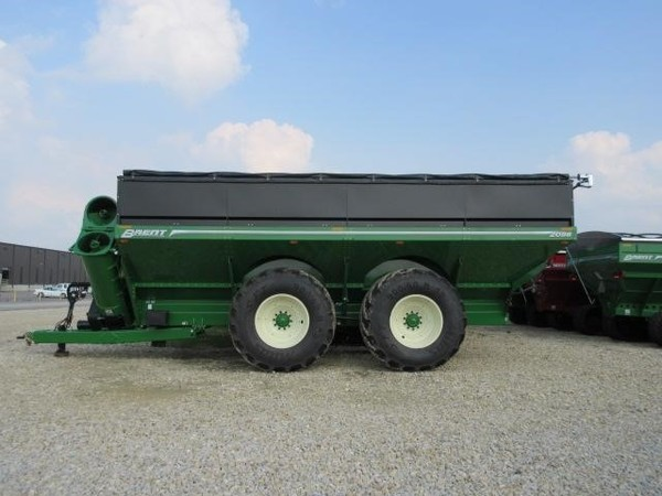 2019 Brent 2096 Grain Cart