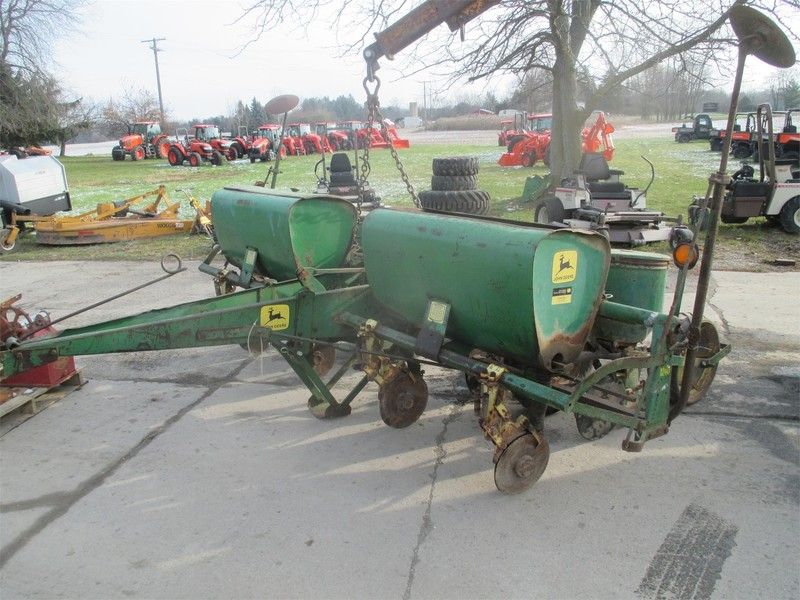 John Deere 1240 Planter Dryden Michigan Machinery Pete