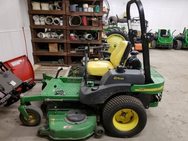 John Deere 757 Lawn and Garden for Sale | Machinery Pete