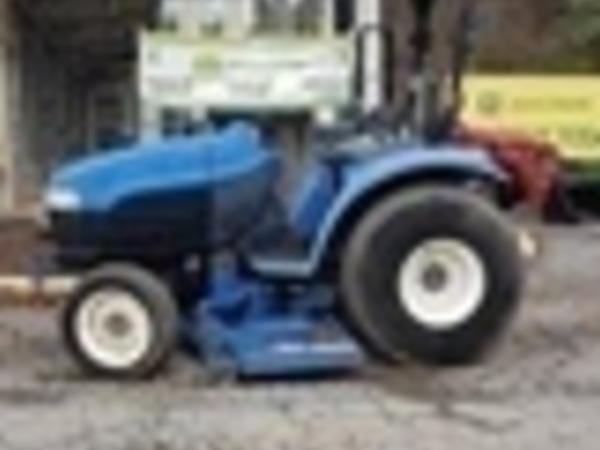 New Holland TC33D Tractor