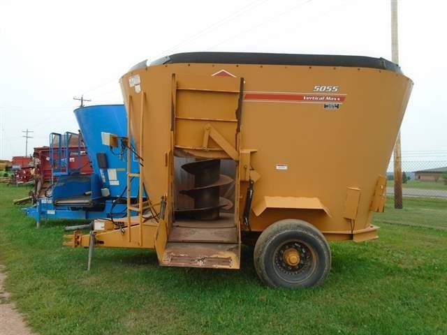 2005 Knight 5055 Grinders and Mixer