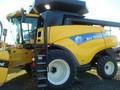 2008 New Holland CR9060 Combine
