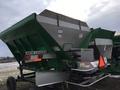 New Leader L3030G4 Self-Propelled Fertilizer Spreader