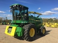 2003 John Deere 7300 Self-Propelled Forage Harvester