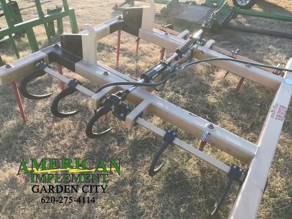 2013 Miller VT-2F Loader and Skid Steer Attachment