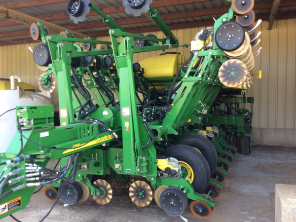 John Deere 1790 Planters For Sale Machinery Pete