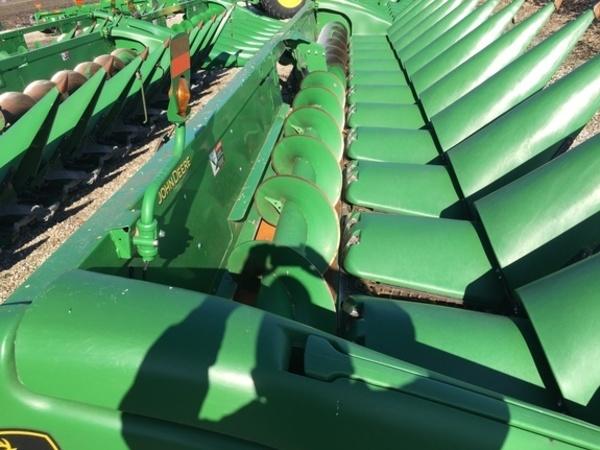 2017 John Deere 612C StalkMaster Corn Head
