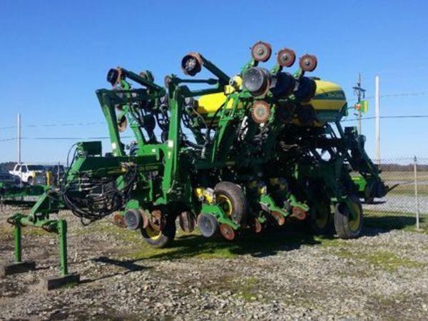 2013 John Deere 1790 Planter Chestertown Maryland Machinery Pete